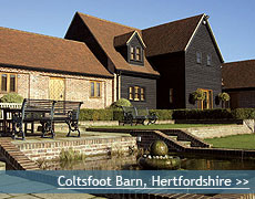 Coltsfoot Barn wedding venue in Hertfordhire